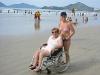 Victoria e Gisele na praia