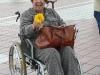 Victoria recebida com flores